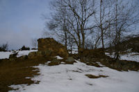 Une grange ruinee