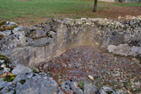 Vieux bassin asseche a Prat del Gras