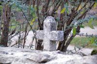 Une croix vers Miquel