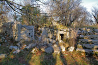 Maison ruinée vers le Puit de Limogne