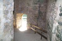 Une petite porte dans les remparts menant au Cele a Marcilhac sur Cele