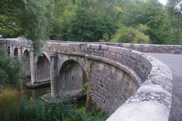 Le pont de Marcilhac sur Célé