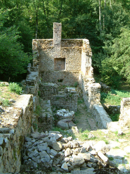 Les ruines du moulin de Tournefeuille
