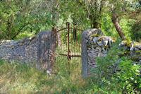Vieux mur, vieux portail