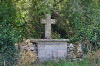 Une croix sur la D55