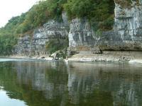 Les falaises calcaires du Roysse sur les bords de la Dordogne