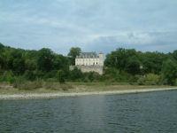Le Chateau de Lanzac sur les bords de la Dordogne
