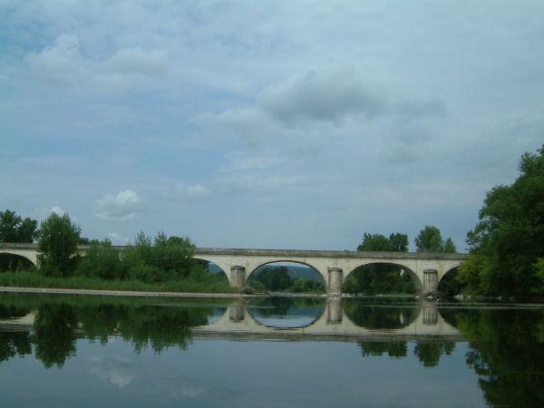 Le Pont de Le Port sur la Dordogne en arrivant à Souillac