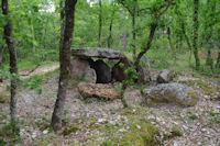 Le dolmen des Trois Pierres