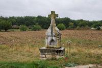 Jolie croix a St Hilaire