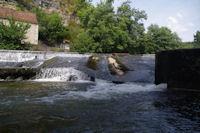 La passe a canoe sur le barrage du Moulin de la Merlie