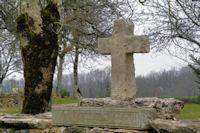 Vieille croix au Mas de Guilaret