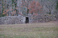 Une cariotte mur a Tourenas