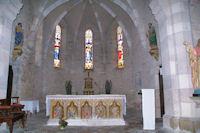 Dans l_église de Varaire