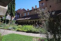 Le Cloitre de l'Eglise Saint Salvy