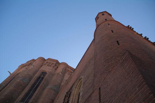 Face Nord de la Cathédrale Sainte Cécile à Albi