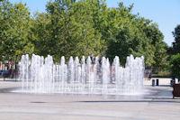 Jets d'eau Place du Vigan