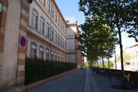 Le Lycee Laperouse rue Georges Pompidou a Albi
