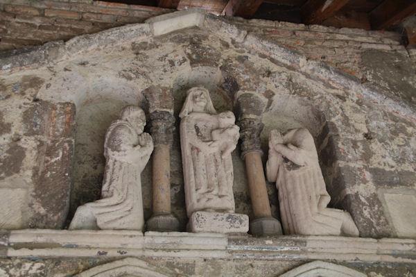 Au Cloitre de l_Eglise Saint Salvy