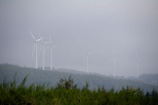 Les éoliennes au dessus d_Arfons