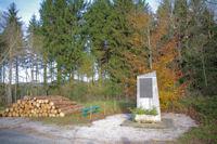 La stele commemorative des Corps Francs a La Prune