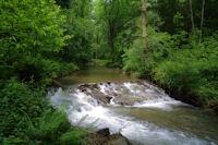Un petit barrage sur la Durencuse