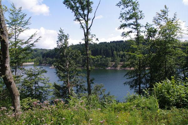 Le Lac des Cammazes depuis sous l_Escudette