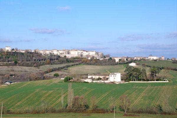 Castelnau de Montmirail, en bas, les Mazières