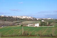 Castelnau de Montmirail, en bas, les Mazieres