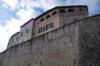 Les remparts de Castelnau de Montmirail