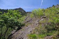 Un sommet au dessus de la vallee du Taurou