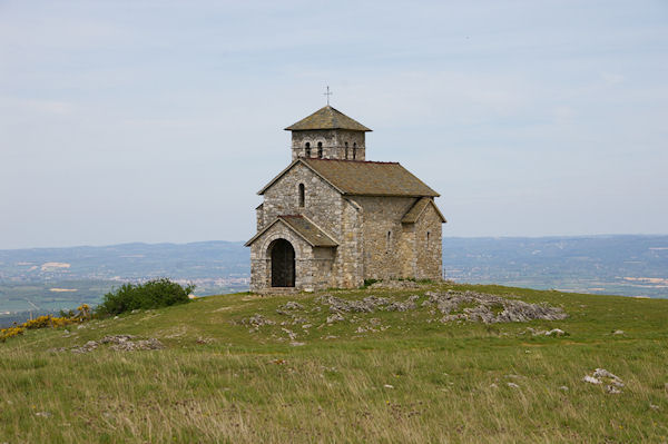 La Chapelle de St Férréol dominant la vallée du Sor