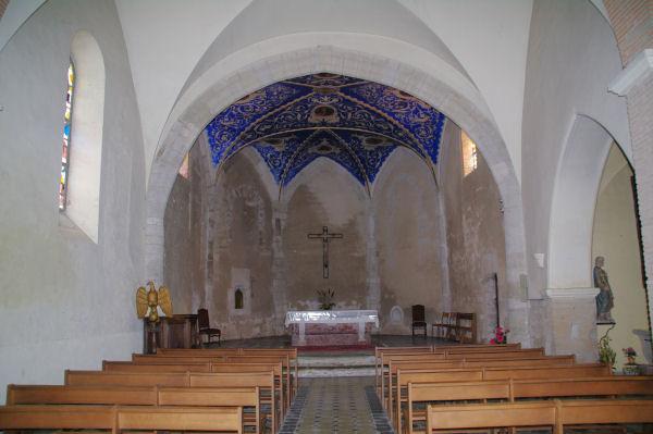 Dans l_église de Durfort