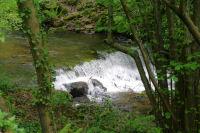 Une cascade vers la centrale electrique dans la vallee du Sor