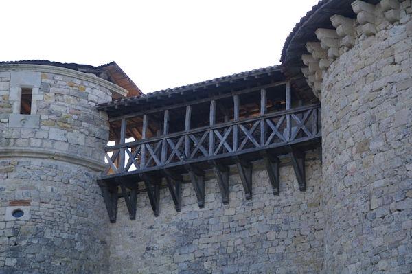 Les coursives du château de Mauriac