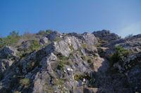 La montee escarpee de l'oppidum de Berniquaut
