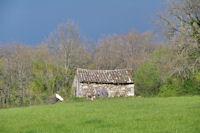 Petite grange vers Cabanes