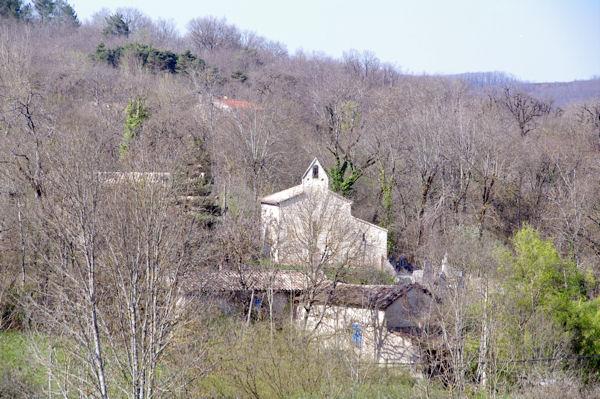 Cabanes et son église