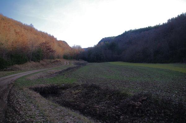 Au départ de la vallée du ruisseau de Laussière