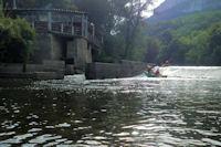 Passage du premier barrage en face de La Peyriere