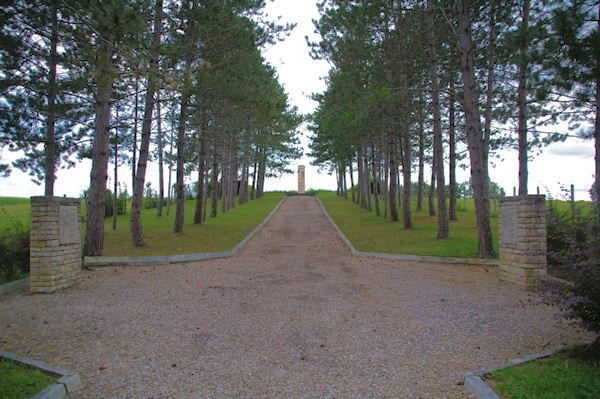 Mémorial des Républicains Espagnols morts dans le Camps de Septfonds