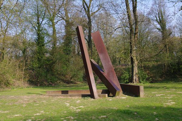 Un monument à la mémoire de Léon Trulin?