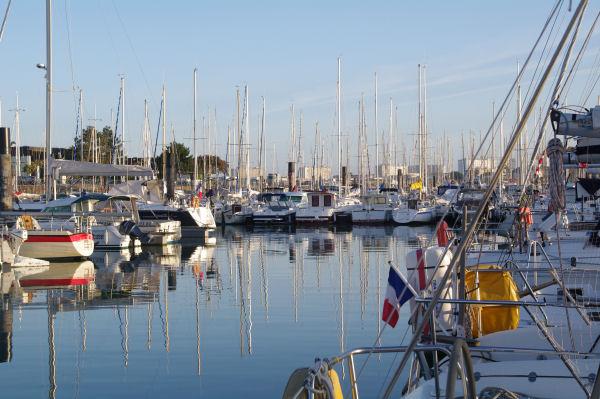 Le bassin du Lazaret dans le Port des Minimes à La Rochelle