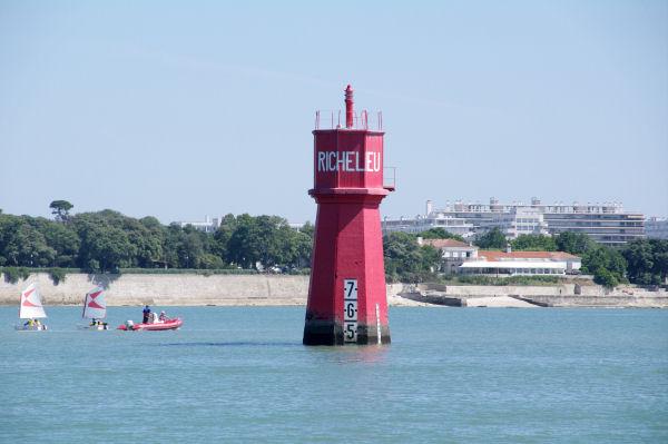 La Tour de Richelieu balisant l_entrée du port de La Rochelle