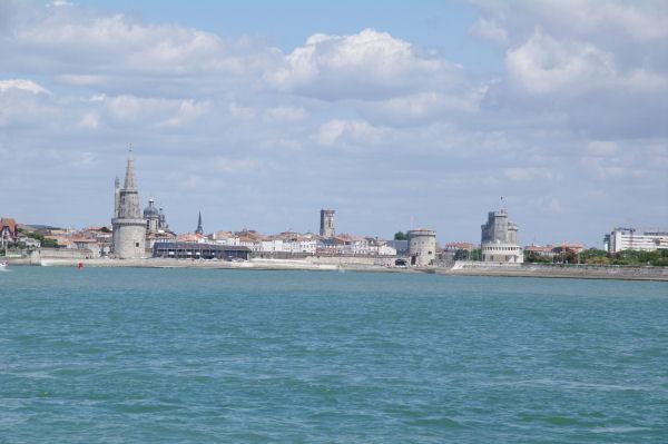Lla Tour de la Lanterne, la Tour St Nicolas et la Tour de la Chaine à La Rochelle