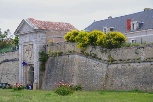 L_entrée Nord de la Citadelle de St Martin de Ré