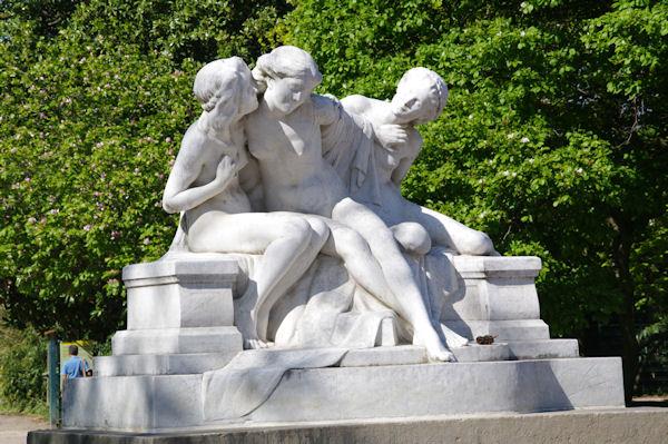 Une statue du Parc de la Tête d_Or
