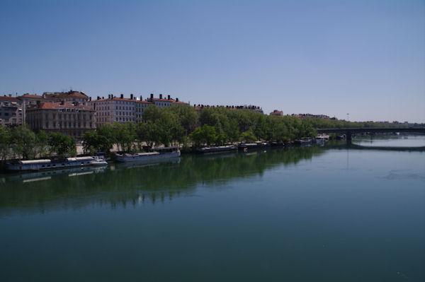 Le Rhone depuis le pont de Lattre de Tassigny