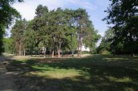 Un petit parc sur campus de l'Universite Claude Bernard
