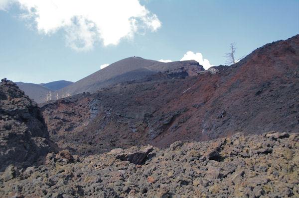 Au loin, le Monte Corbara